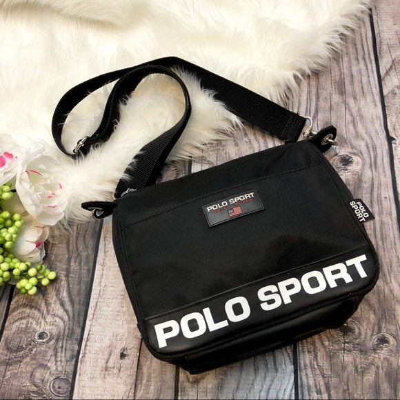 17062f8739e4 POLO SPORT by Ralph Lauren 90s Crossbody Bag. M 5a9314c03afbbd313267c728
